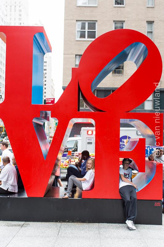 love sign NY